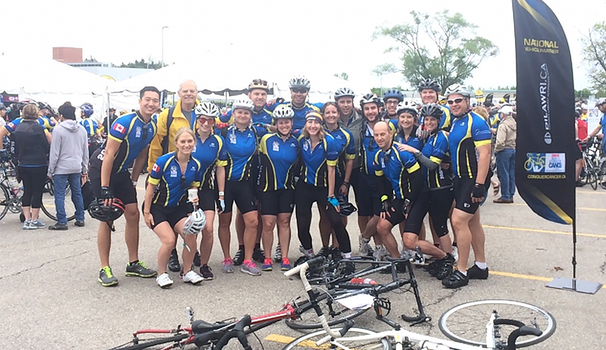 bike riding group picture